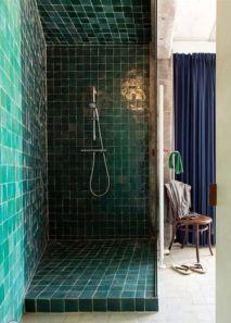 Modern small bathroom tile ideas 083