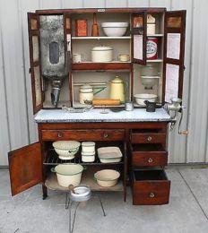 Old kitchen cabinet 39