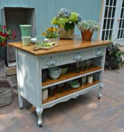 Old kitchen cabinet 44