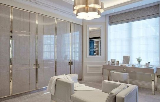 Stunning bedrooms interior design with luxury touch 24