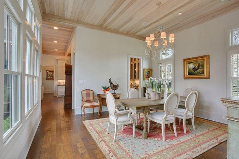 Stunning dining room area rug ideas 06