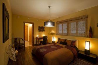 Stunning small apartment bedroom ideas 38