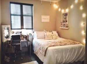 Stunning small apartment bedroom ideas 54