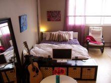 Stunning small apartment bedroom ideas 56