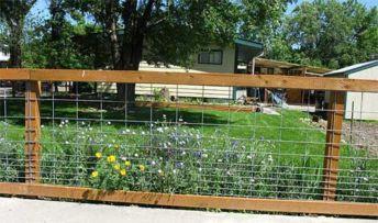 Stunning vegetable garden fence ideas (7)