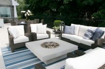 Stylish small patio furniture ideas 08