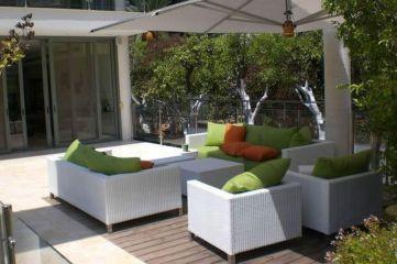 Stylish small patio furniture ideas 22