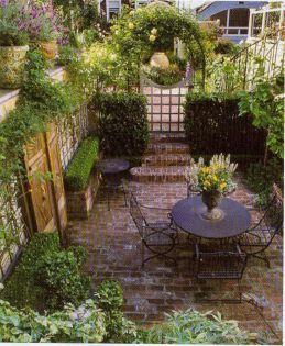 Adorable small patio garden design ideas 21