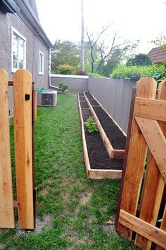 Affordable backyard vegetable garden designs ideas 41