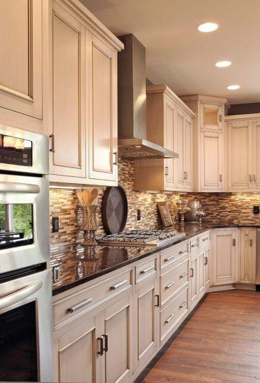 Amazing cream and dark wood kitchens ideas 16