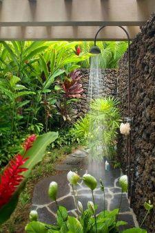 Beautiful flower garden decor ideas everybody will love 43