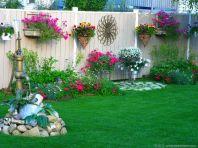 Beautiful flower garden decor ideas everybody will love 45