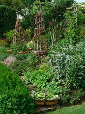 Beautiful french cottage garden design ideas 06