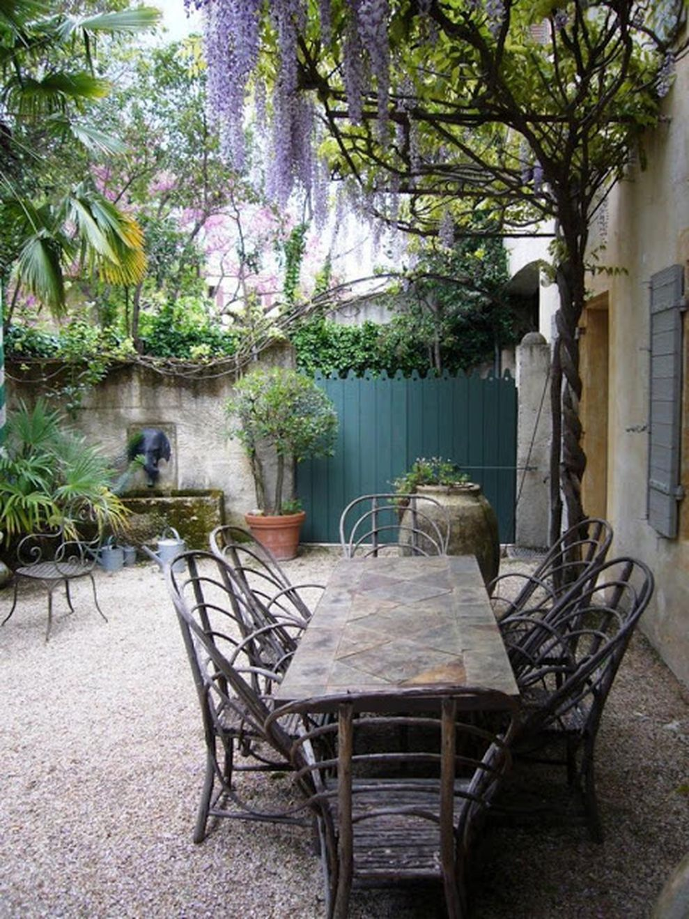 Beautiful french cottage garden design ideas 09