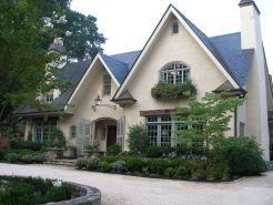Beautiful french cottage garden design ideas 15
