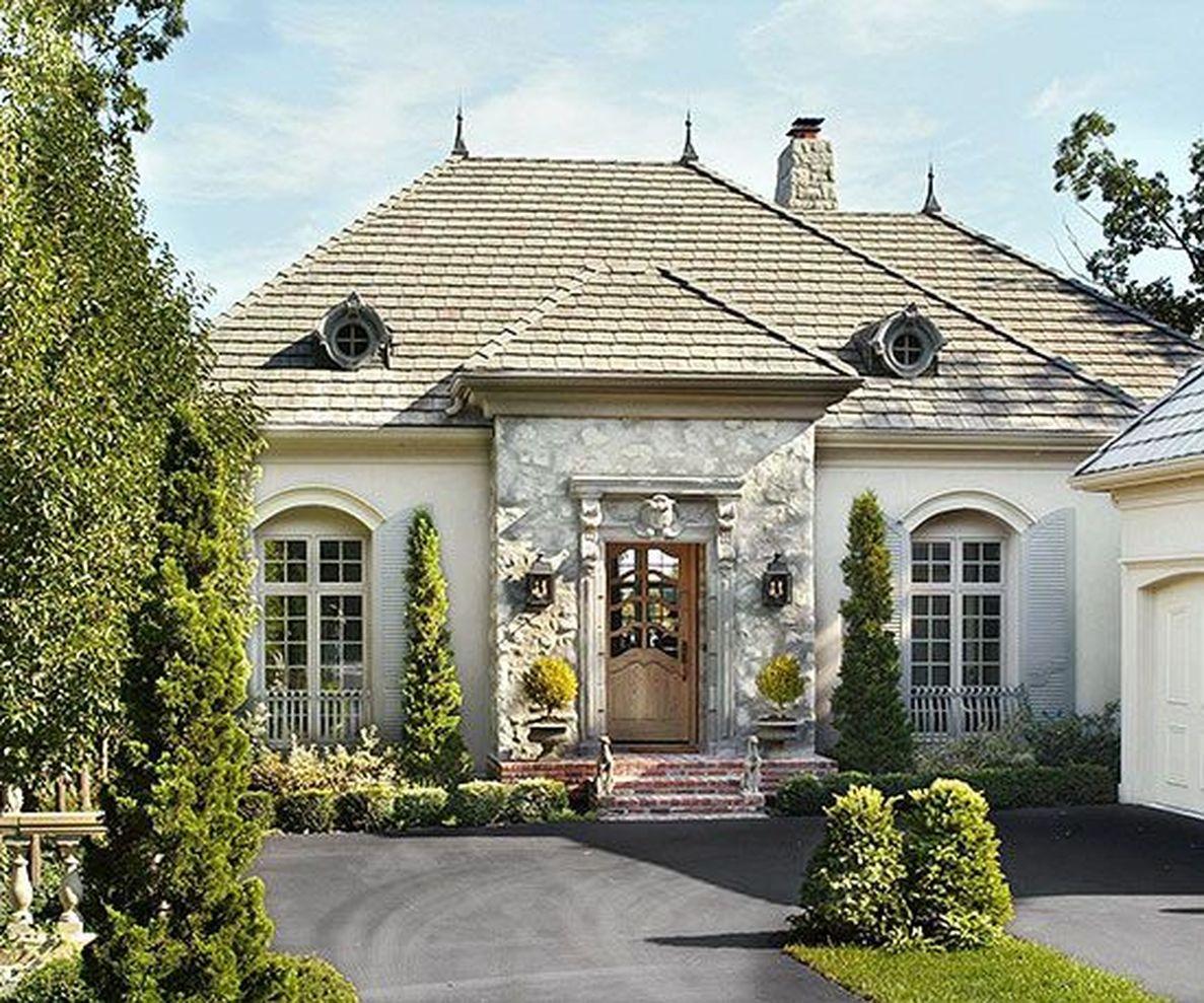 Beautiful french cottage garden design ideas 20