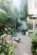 Beautiful french cottage garden design ideas 24