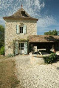 Beautiful french cottage garden design ideas 50
