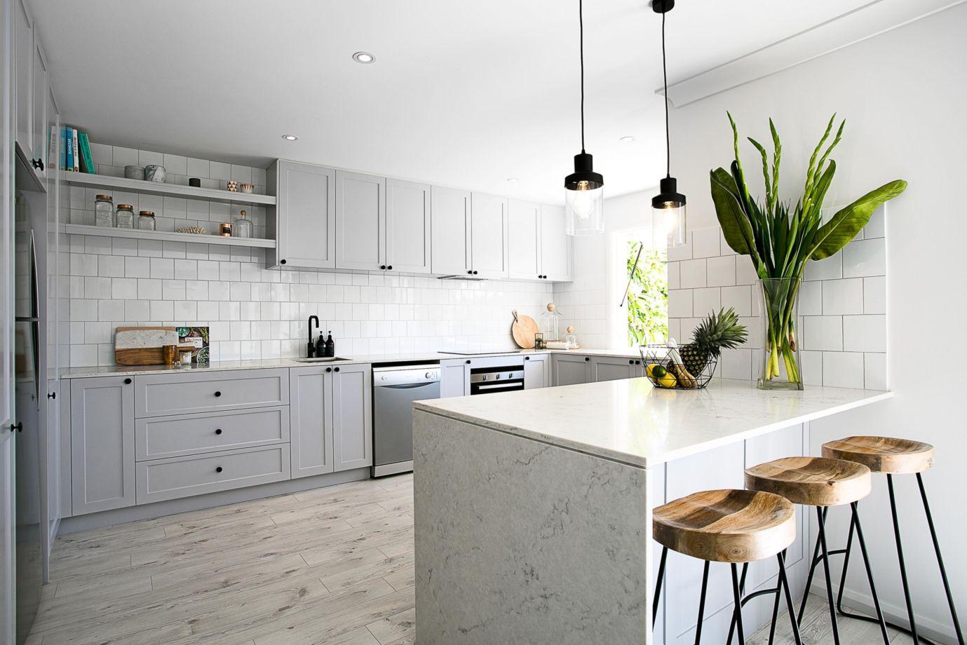 Beautiful hampton style kitchen designs ideas 07