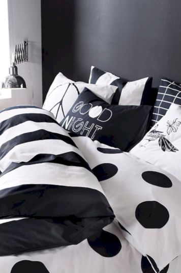 Black and white bedroom furniture 20