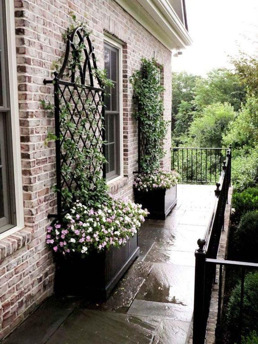 Creative front porch garden design ideas 09