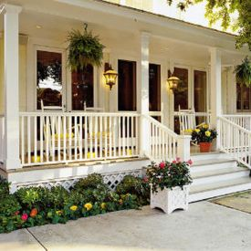 Creative front porch garden design ideas 33