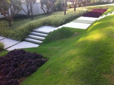 Creative garden design ideas for slopes 06