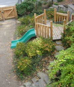 Creative garden design ideas for slopes 31