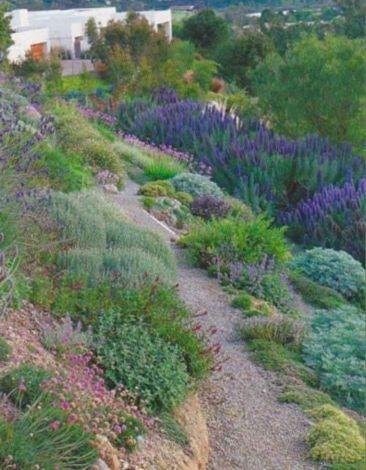Creative garden design ideas for slopes 42