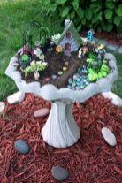 Cute and cool garden art for kids design ideas 41