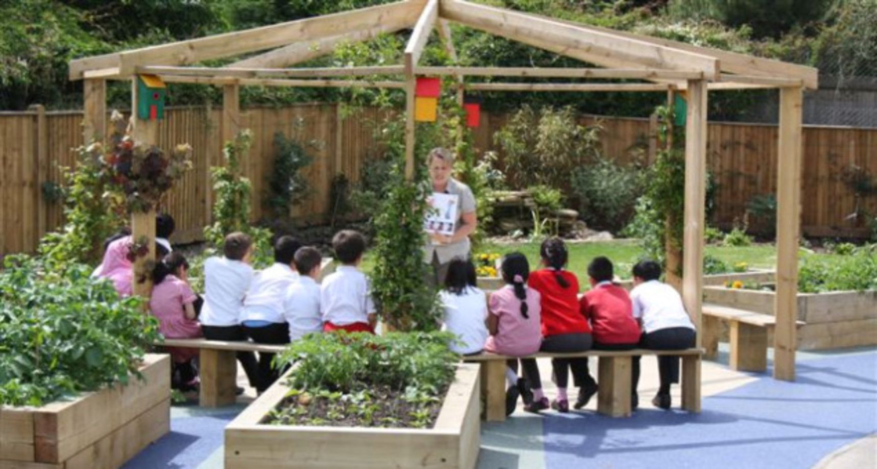 35 Cute and Simple School Garden Design Ideas