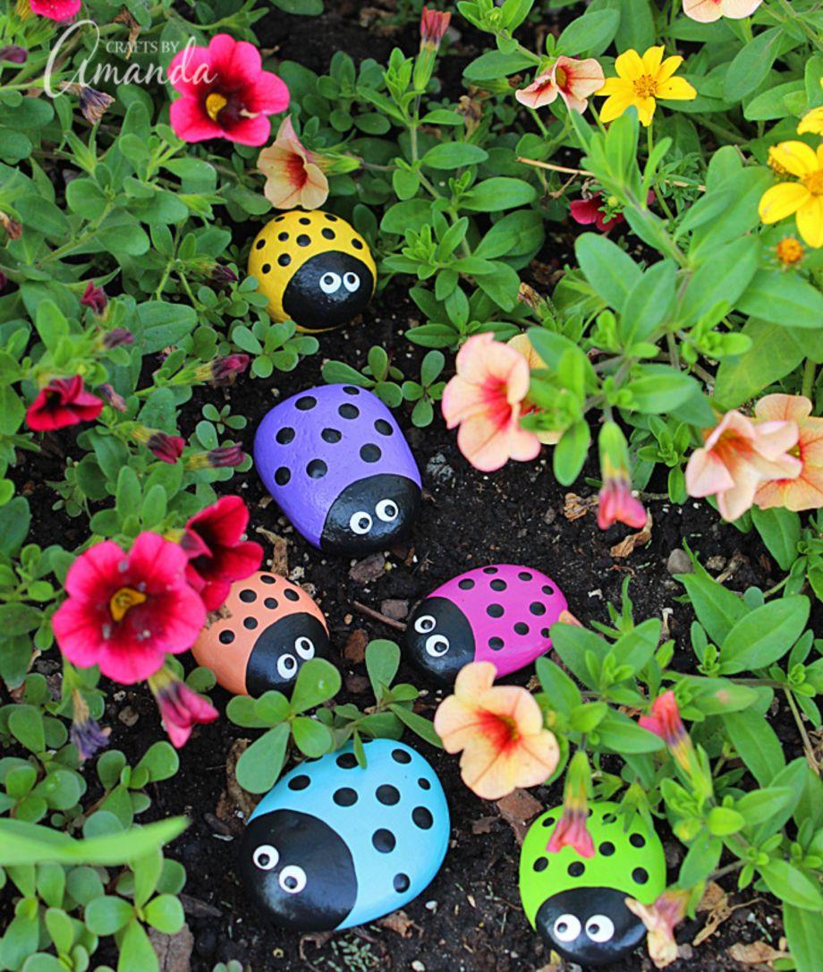 Cute and simple school garden design ideas 18 - Round Decor