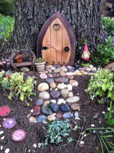 Cute and simple school garden design ideas 33
