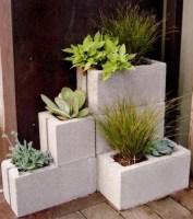 Cute and simple tiny patio garden ideas 06