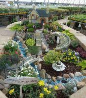 Cute and simple tiny patio garden ideas 36