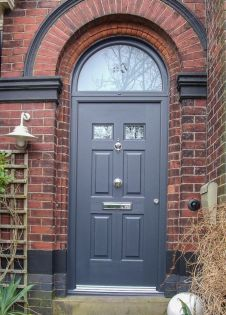 Exterior paint color ideas with red brick 12