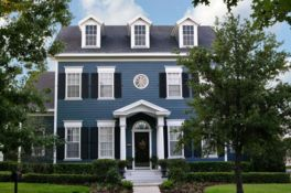 Exterior paint color ideas with red brick 35