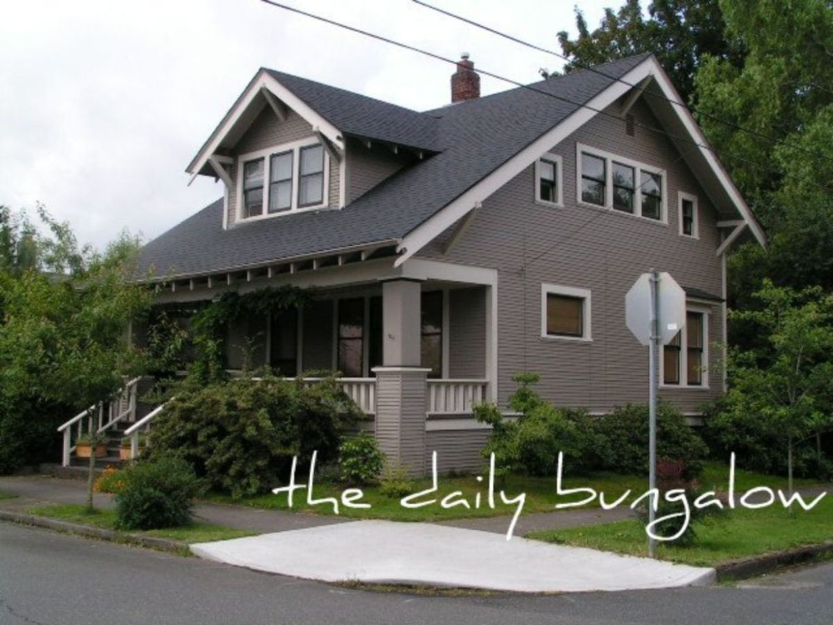 Exterior paint schemes for bungalows 33