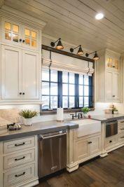 Inspiring black quartz kitchen countertops ideas 28