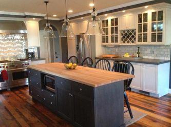 Inspiring black quartz kitchen countertops ideas 31