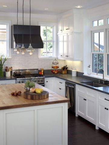 Inspiring black quartz kitchen countertops ideas 45