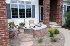 Inspiring small front garden ideas on a budget 17