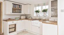 Modern cream painted kitchen cabinets ideas 54
