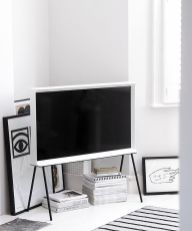 Simple living room design ideas with tv 51
