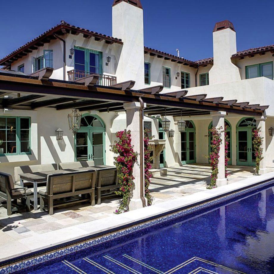 Spanish style exterior paint colors 11