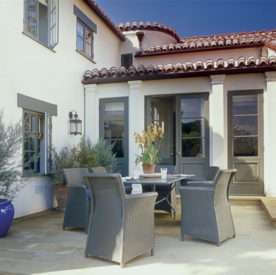 Spanish style exterior paint colors 16