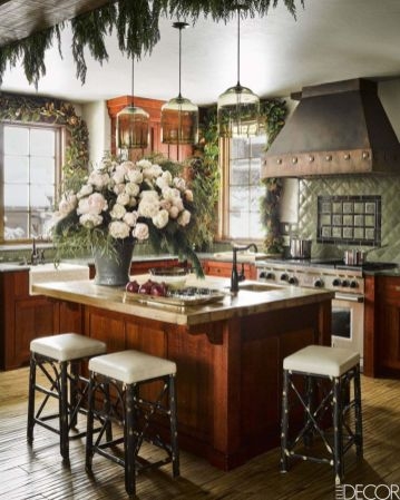 Stunning christmas decorating ideas for the kitchen 05