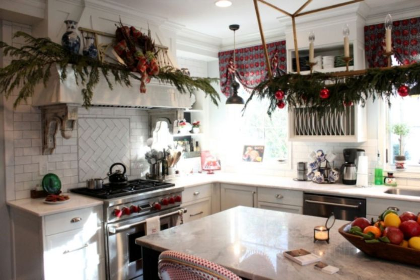 Stunning christmas decorating ideas for the kitchen 30