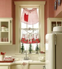 Stunning christmas decorating ideas for the kitchen 33
