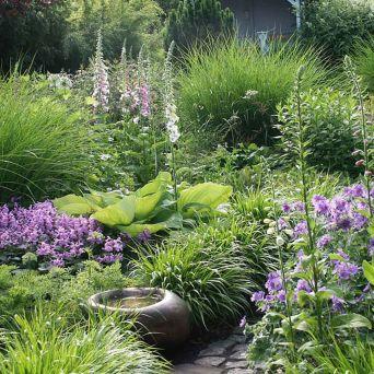 Stunning garden design ideas with stones 31